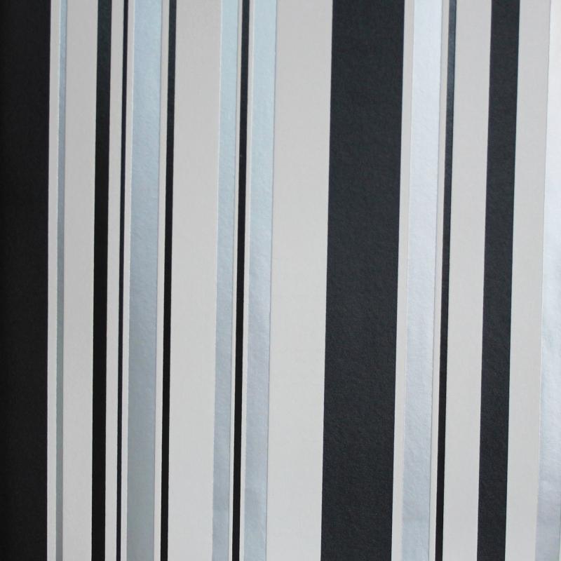 Carta da parati a righe strette e larghe grigio argento for Offerte carta da parati